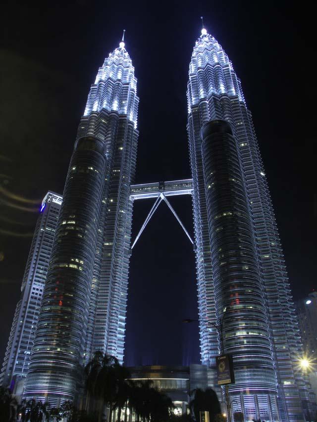 PICT0016 Petronas Towers